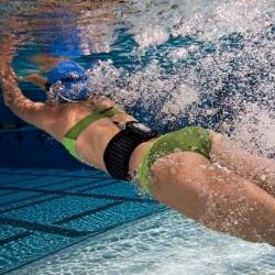 H2Oaudio helps you swim with your ipods... swim belt