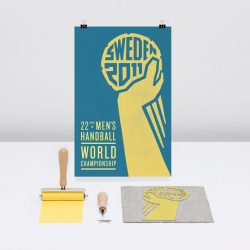Swedish Lowe Brindfors have created at beautiful retro profile for the World Cup Handball 2011 tournament. To reflect our overall strategy, 'handball - the real sport' they've created a icon using linocut.