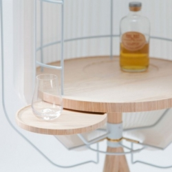 Harper is a whisky cabinet by German Thomas Schneider. Classic craftsmanship meets modern design.