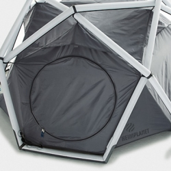 The german brand Heimplanet brings us this inflatable high-tech tent. It's good looking and features great technical ideas at the same time. Go out and experience your next adventure in style!