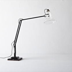 Anglepoise LED. Henry Wilson and his things revisited on show at the Valerie Traan gallery in Antwerp.