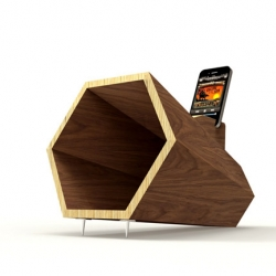 Hexaphone amplifier iPhone by L'edito.