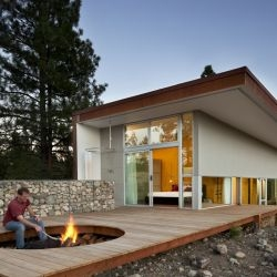 David Coleman Architecture have completed the Hill House, near the town of Winthrop, Washington.