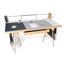 'Homework' is a beautifully simple yet strikingly effective modular desk system from 2009 graduate Robin Grasby that offers sumptuous design and a high level of personalization.