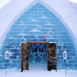 Take a first look inside Quebec's amazing new Hotel de Glace ice castle!