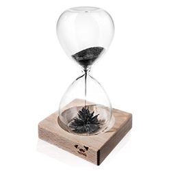 60 Second Magnetic Hourglass by 9Pig