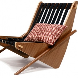 The wonderful Neutra Boomerang Chair by House Industries will become a modern design classic.