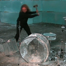 Hellacopters drummer VS. Drums made of ice