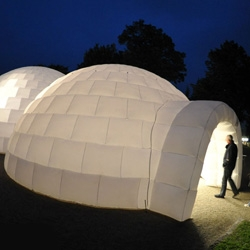 Iglounge inflatable igloos ~ and they get big enough to throw parties and large dinners, etc in!