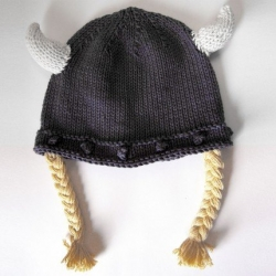 ::Short:: Viking Hat for kids ~ too cute, what better way to keep your head warm while pillaging?