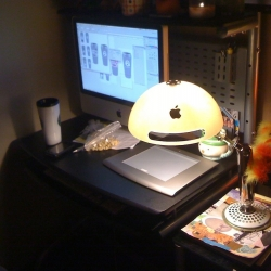 Randall turns old iMac G4s into beautiful lamps and clocks.
