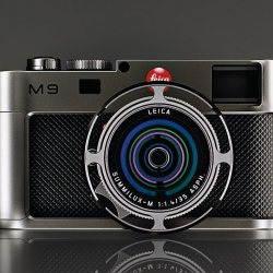 "A New Edition from Leica M9 caled ""Titan"", designed by Walter de'Silva. A fresh new look of a traditional Camera."