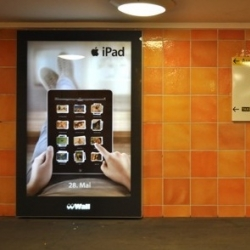 "Steve Jobs offers iPad users ""freedom from porn.""