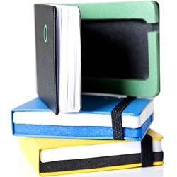 "The ""iPod notesbog"" is an iPod case with a handy notepad, designed by the Danish company Scripta."