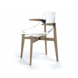 A hybrid chair combining a light and comfortable methacrylate body with four strong oak legs.