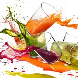The Juice Bar Brawl! Nice article at NYTimes on the business boom of the juice craze. Also love this Photo Illustration by Tony Cenicola.