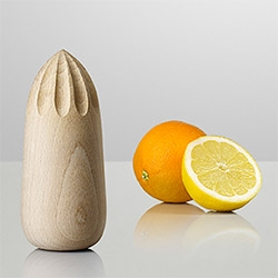 Muuto Turn Around Juicer ~ simple, wooden, sculptural