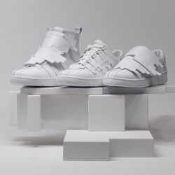 Swedish designer Julia Hederus has teamed up with K-Swiss to create this new collection, consiting of the High Blocks, the Blocks and the Cube.