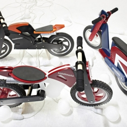Kiddi Moto from the UK builds wooden balance bikes with the look of superbikes, scramblers, choppers and scooters.