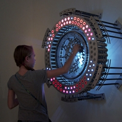 Concentricity 96 is a kinetic sculpture by Joshua Kirsch where movements are translated into light.