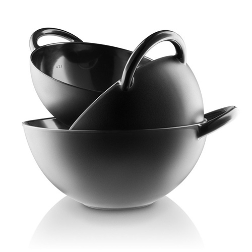 Eva Solo Nordic Kitchen Mixing Bowls - melamine bowls with large easy to grab handles, matte exterior and a gloss interior, as well as inside litre markings, and a rubber non slip ring on the base.