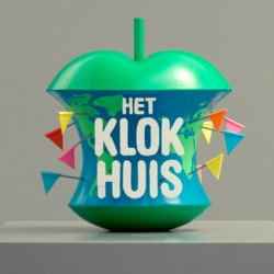 Title sequence for the popular, long-running Dutch children's programme, Het Klokhuis, directed by Johnny Kelly at Nexus Productions.