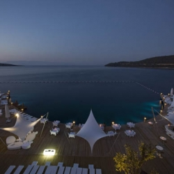 GAD (global architecture development) firm recently completed the kuum hotel spa and residences in bodrum, turkey. the contemporary property was intended to create a relaxing atmosphere