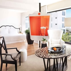 The new refurbished Los Angeles Mondrian hotel is now open and Benjamin Noriega-Ortiz' touch of Hollywood glamour has revitalised this iconic LA hotel..... beautiful!