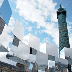 Mirror cube art installation on Paris' Place Vendome by Arnaud Lapierre for for the 2011 FIAC Art Fair.