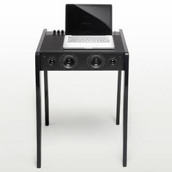 The French electro-acoustic research and development unit, La Boite concept just released the Laptop Dock LD 120... the first high-fidelity dock station dedicated to your laptop computer.