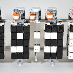 Time Twister - LEGO Mindstorms Digital Clock.