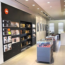 Urban Daddy shows us the inside of the new Leica store in Soho, NYC!