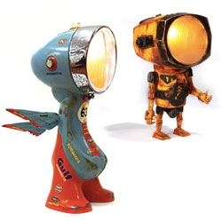 Nanan's Antifacto Urban Lights - made in Lille, France since 2012, these are amazing headlight creatures! Predecessors to the Lampsters in #60616