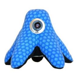 Meet Lili, the little octoplush fairtrade webcam from United Pepper.