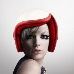 Luxy, a women's motorcycle helmet for commuting and casual motorcycle riding by Daniel Don Chang. As many riders are female, the distinctive and unique look sets it apart, proving that style and safety can coexist.