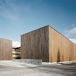 A fine wood work by finnish architects SARC, for the new  METLA Forest Research Centre. Amazing wooden structure within.