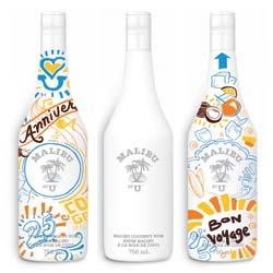 Everybody can be an artist with Malibu by U : limited packaging concept in Canada. Here local artists, Damzels in  this Dress, David Glantz and Nick Fox, create their bottle.