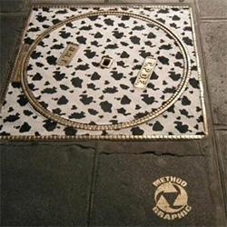 Method Graphic's luxurious manhole covers in Paris