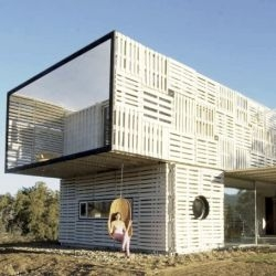 James & Mau Architecture have designed the Infiniski Manifesto House in Curacaví, Chile.