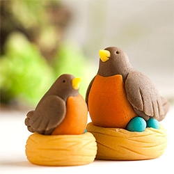 Marzipan Robins by pastry artist Rebecca Russell