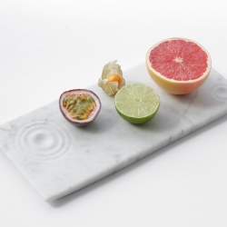 Inspired by the fluidity of water, Belgian design team Objetto unveiled a minimalist marble tray.