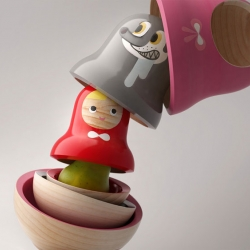 Mike He creates a Matryoshka doll that combines the Little Red Riding Hood fairy tale with the layered Russian doll.