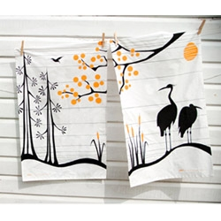these mibo tea towels are so pretty, i cant imagine actually using them...
