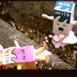 "The cute & famous Milky of Blur's videoclipe ""Coffee & Tv"" is now a Papertoy. Watch the video and print your Milky."