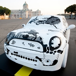 MINI recently gave 20 1:3 scale models to Thailand designers, artists and other creatives in celebration of 50 years of the iconic car design. Some fun interpretations!