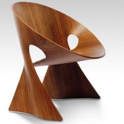 Dutch designer Frans Schrofer has created the Möbius Chair for a design competition conducted by Fritz Becker, a German manufacturer of formed wood products.