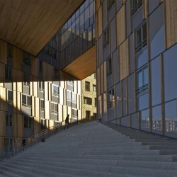 Erick van Egeraat, Combarel-Marrec, Manuelle Gautrand, Pierre Gautier and Winy Maas designed this stunning building in Lyon.