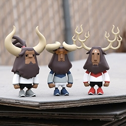 Bait for DesignerCon - Coolrain Studios' Baby Horns figures: Vexx, Mighty Horn, and Fire Horn, limited to 50 pieces each.