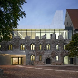 Beautiful museum extension in a ruined castle in Halle, Germany, by Spanish studio Niento Sobejano Arquitectos.