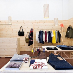Simple and wonderful interior by Daniel Franzén for the small clothing boutique Mr Mudd and Mr Gold in Stockholm.